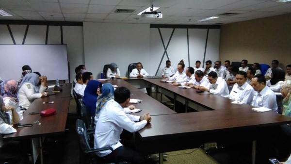 Pengarahan Dan Briefing Pagi Para Pegawai Disperkimtan Terkait Bina Kepegawaian