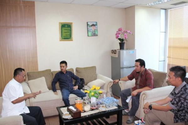 Kepala Dinas Perkimtan Kota Bekasi Menerima Kunjungan Anggota Dewan Dari Pangkal Pinang
