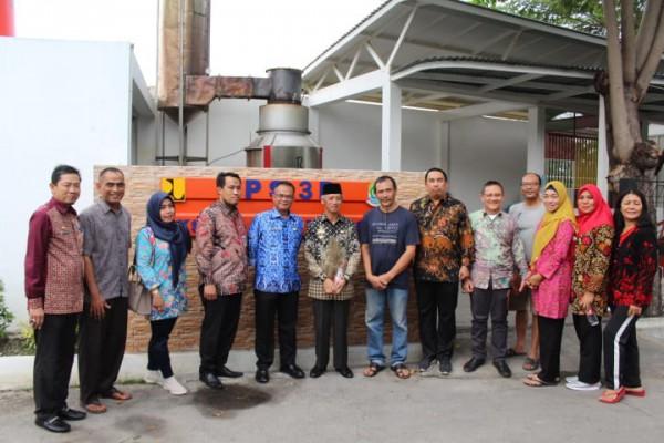 Kunjungan Bupati Pringsewu Ke TPS3R Tytian Kencana Kel. Marga Mulya Bekasi