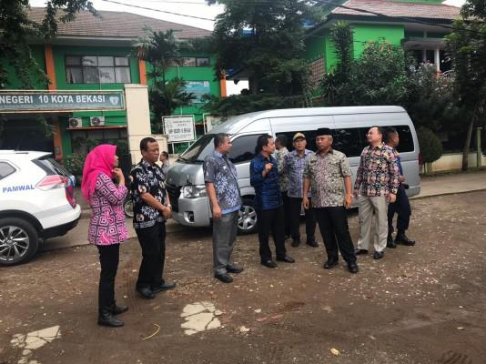 Kadis Perkimtan Dampingi Wali Kota Bekasi Kunjungi Lokasi Rencana Pembangunan Gudang Kpu