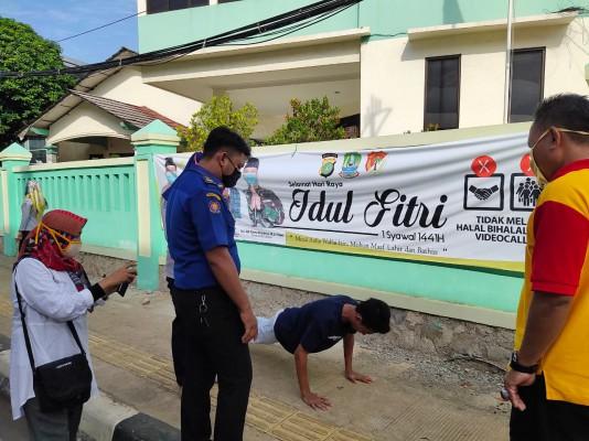 Sanksi Push Up Dan Membersihkan Jalan Bagi Warga Yang Melanggar Psbb ...